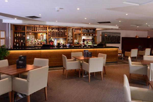 032 Bar Area - Ramada Telford Ironbridge